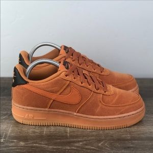 NEW Air Force 1 LV8 Style